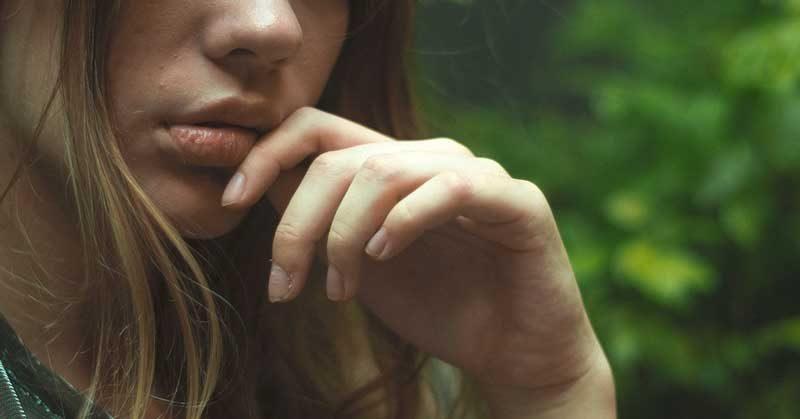 kako ukloniti mrlje na licu