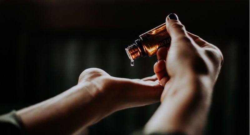 ricinusovo ulje za nokte-1