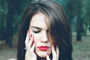 kako povećati usne bez injekcije