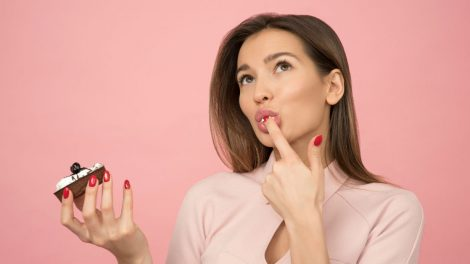 kako izabrati sjaj za usne