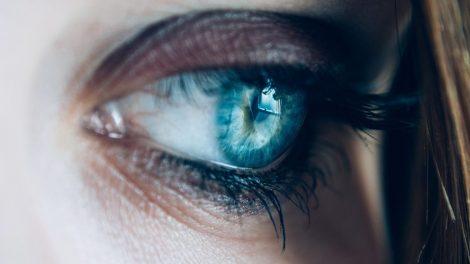 umorne oči i podočnjaci