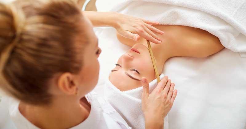 drveni masažer za lice