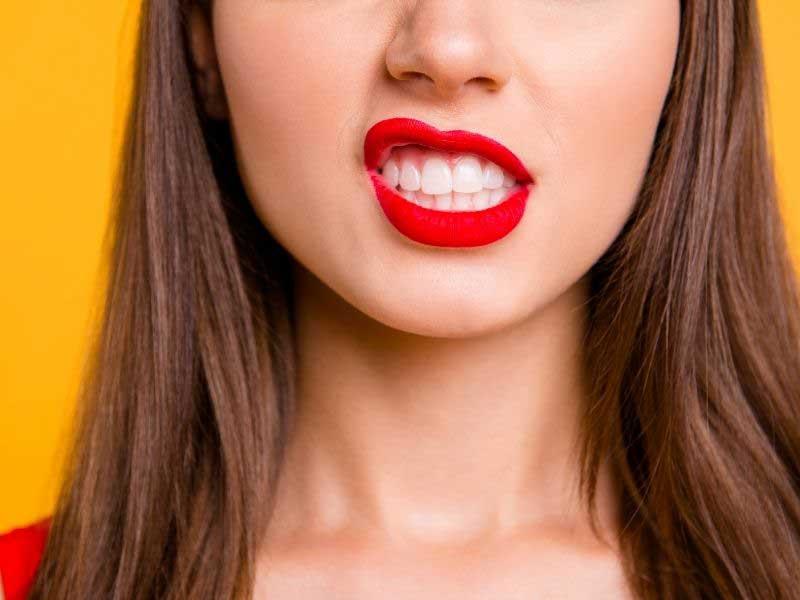 veća gornja usna